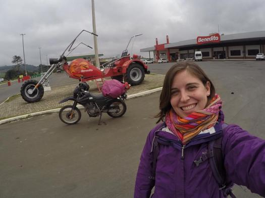 female motorcyclist brazil
